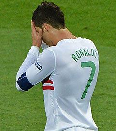 Криштиану Роналду в матче Дания – Португалия. Фото  (c)AFP
