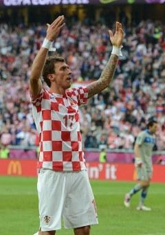 Лучший бомбардир хорватов Марио Манджукич. Фото (c)AFP