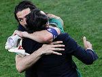 Джанлуиджи Буффон и Чезаре Пранделли. Фото Reuters