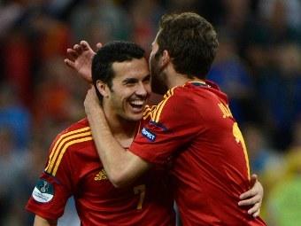 Футболисты сборной Испании Педро и Хорди Альба. Фото (c)AFP