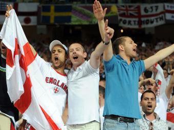 Английские болельщики во время матча со Швецией. Фото РИА Новости, Алексей Фурман