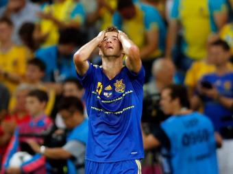 Андрей Ярмоленко в матче против сборной Англии. Фото Reuters