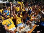 Шведские болельщики в Киеве. Фото РИА Новости, Андрей Волошин