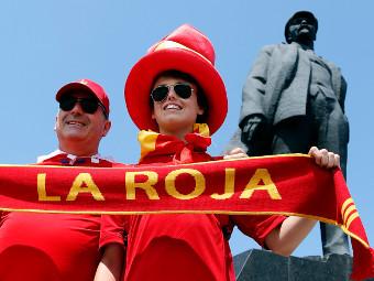 Владимир Ильич Ленин и испанские болельщики